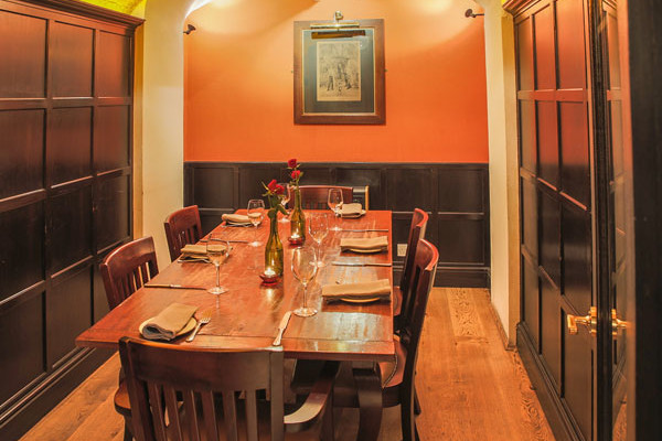 Private dining room at Crusting Pipe