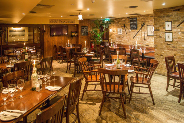 Room for private event at Davys Canary Wharf